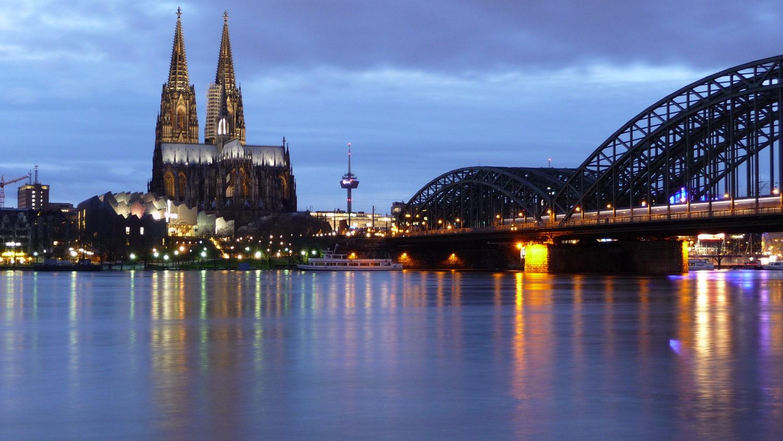 Köln_by_Mya Hewitt